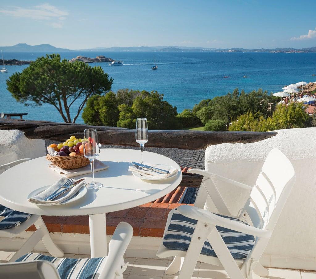 restaurant gourmet hotel la bisaccia hotel sardinien 4 sterne. Black Bedroom Furniture Sets. Home Design Ideas